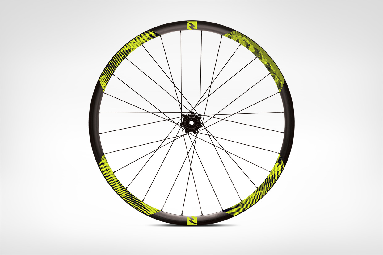 Reynolds Cycling Carbon Rim Decal Graphic Design